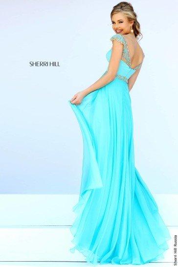 Голубое платье в пол на выпускной.