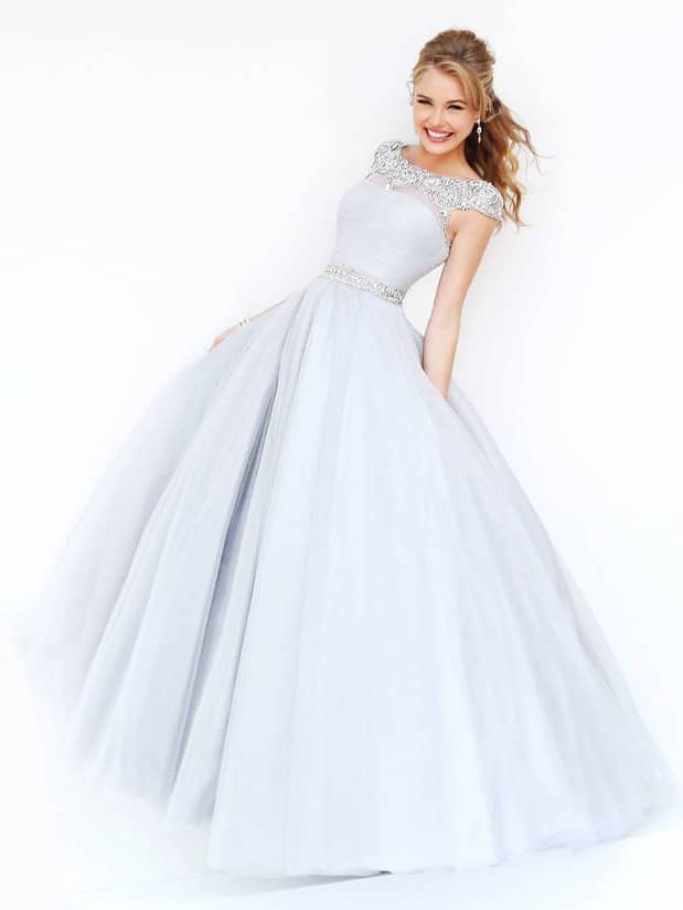 Светлое вечернее платье для выпускного 2015.