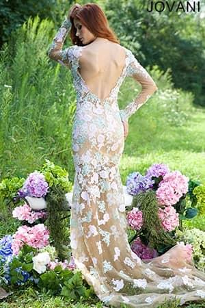 Вечернее платье в интересной цветовой гамме 2015.