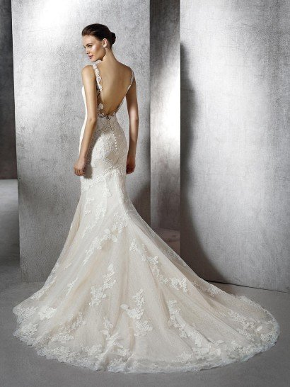 Свадебное платье стиля русалка.