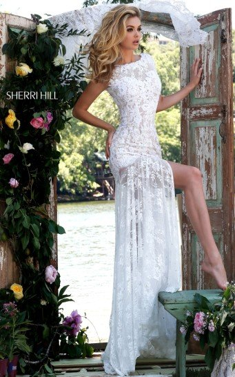 Кружевное белое платье на выпускной.