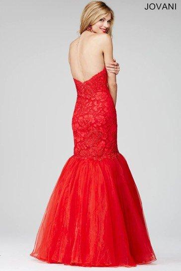 Красное классическое платье русалка.