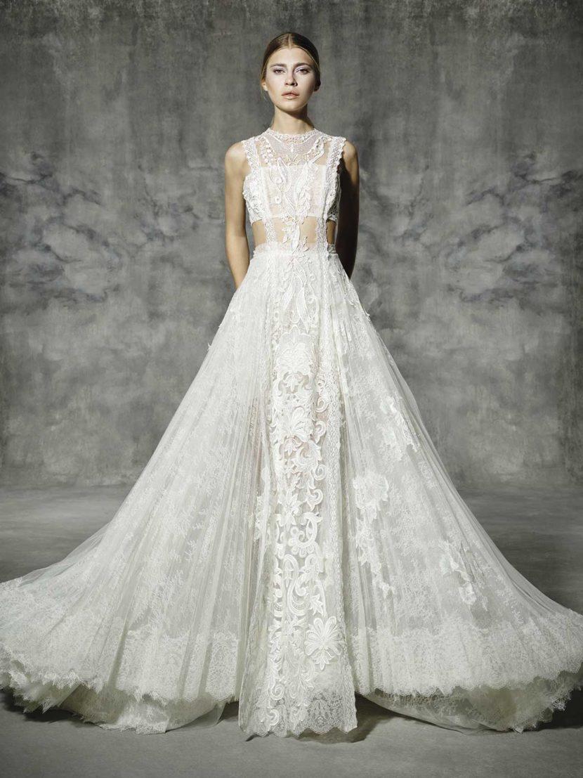 Необычное свадебное платье А-силуэта из кружевной ткани.