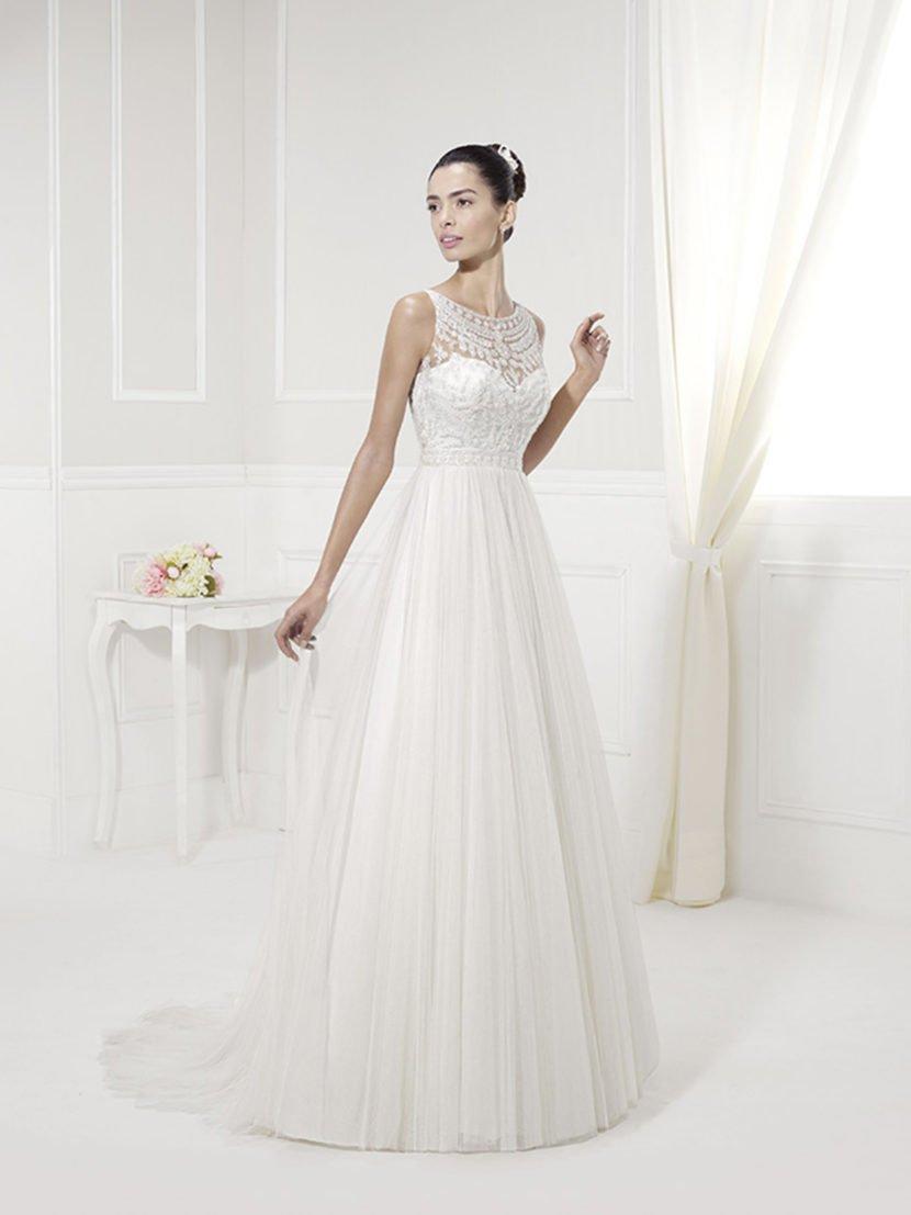 Свадебное платье «принцесса» с кружевным верхом.