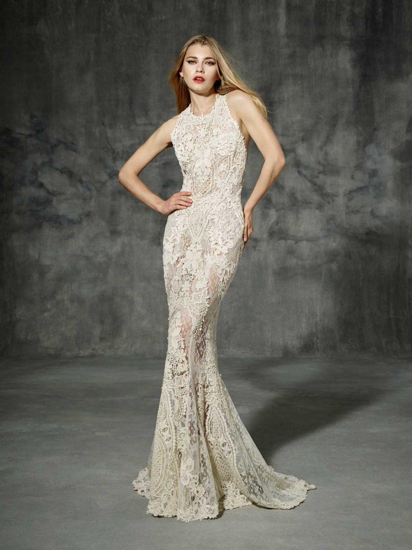 Соблазнительное свадебное платье силуэта «русалка» из кружева.