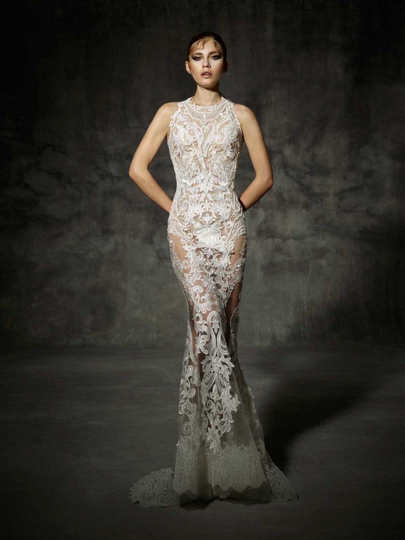 Прозрачное свадебное платье с облегающим силуэтом  «русалка».