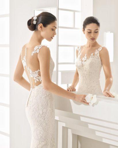 Кружевное свадебное платье «русалка» с роскошным шлейфом и прозрачной спинкой.