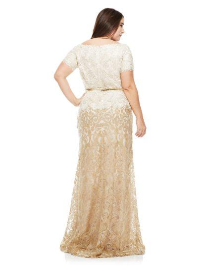 Кружевное вечернее платье с коротким рукавом, V-образным вырезом и золотистым поясом.