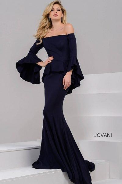 817893b210b3e57 Если это вечеринка или праздник, коктейльное платье будет элегантным  выбором. Такой наряд должен быть в каждом гардеробе.