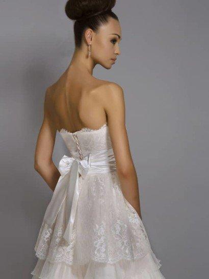 Открытое короткое свадебное платье Фиансе.