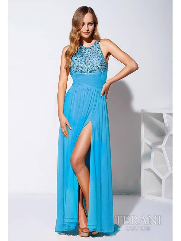 шикарное вечернее платье с боковым разрезом.