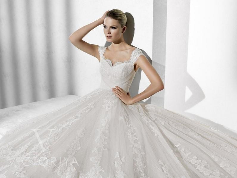 фотомодели для свадебных магазинов многих владельцев