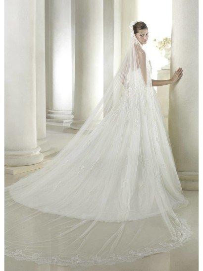 Открытое свадебное платье А-силуэта SATU от St. Patrick в салоне Виктория! ✆ +7 495 6276242