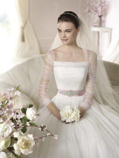 Свадебное платье с рукавами White One DALE.