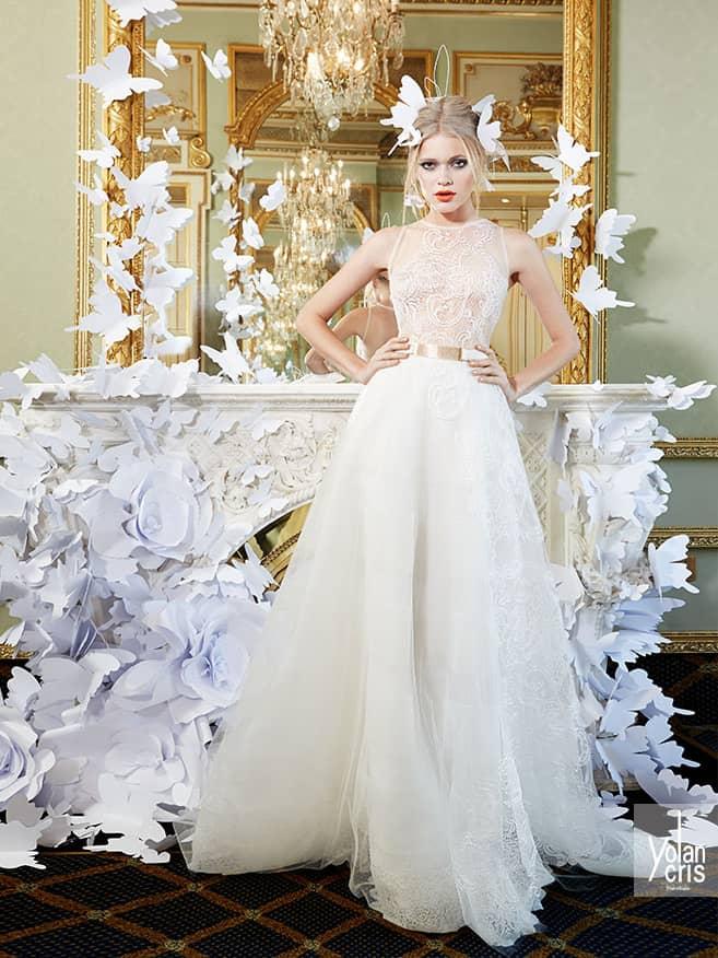 Закрытое эксклюзивное пышное свадебное платье.
