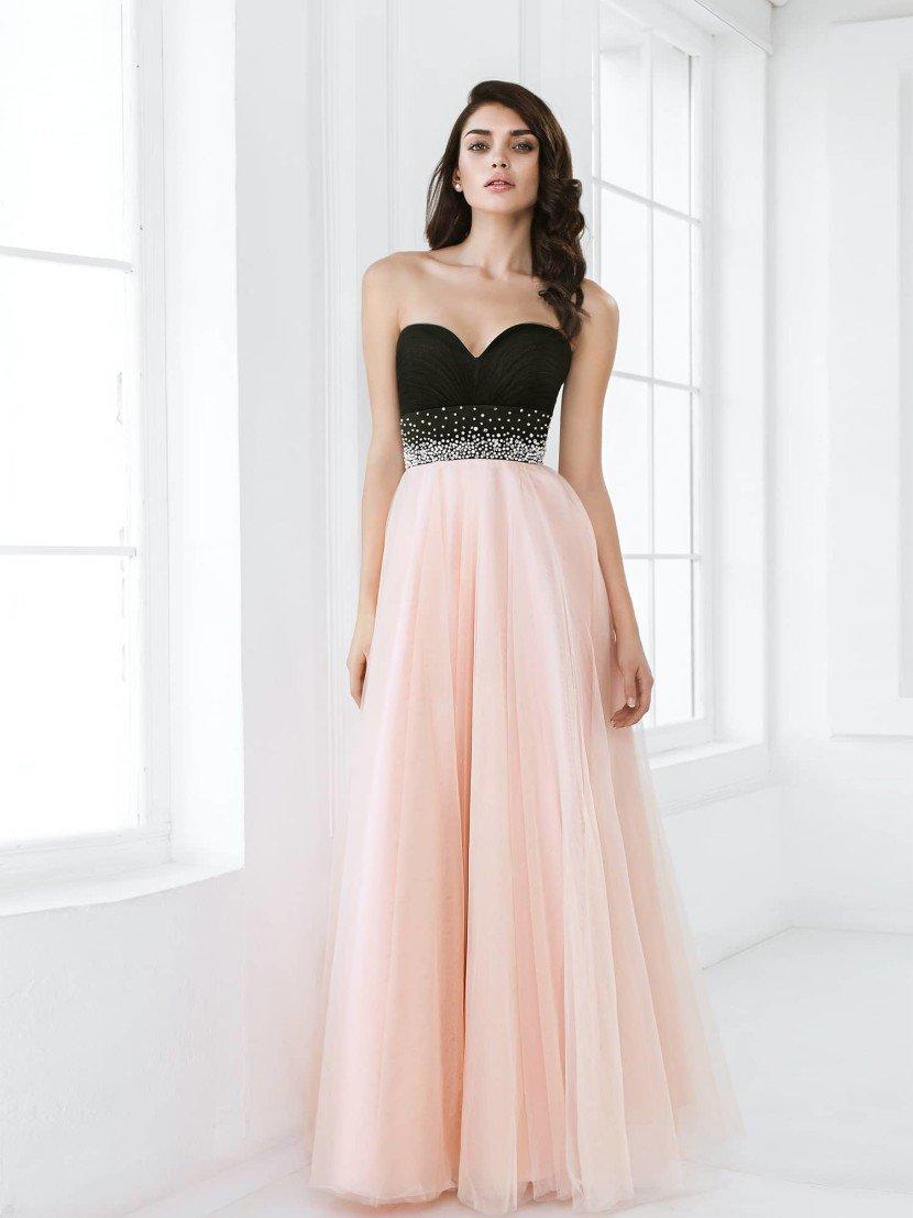 743c51f2acb84db Многослойная ткань юбки придаст цвету еще большую романтичность, а четкие и  соблазнительные очертания верха акцентируют черную ткань, придавая  контрасту ...