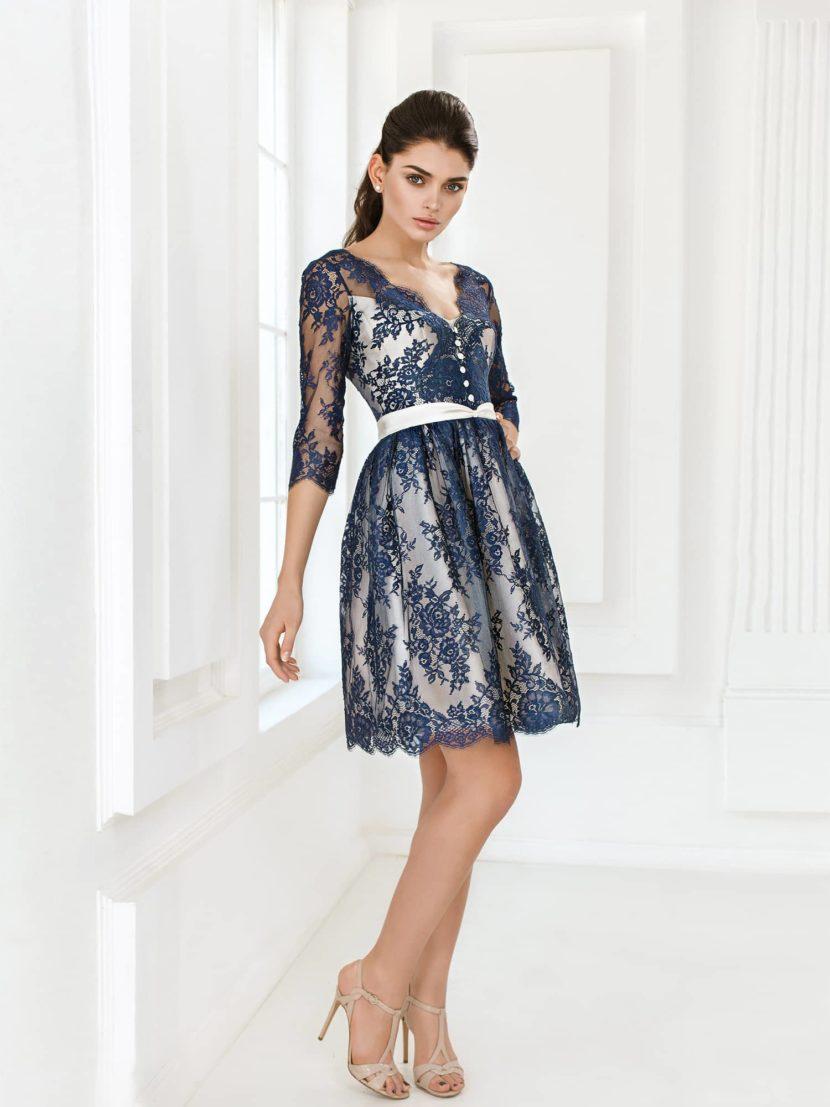 Короткое платье на выпускной.