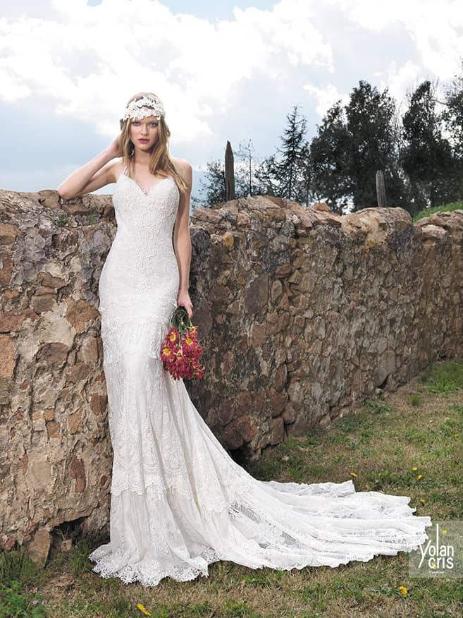 Открытое свадебное платье прямого кроя в богемном стиле. ➌ Примерка и подгонка платьев  ✆ +7 495 627 62 42 ★ Салон Виктория Ⓜ Арбатская Ⓜ Смоленская