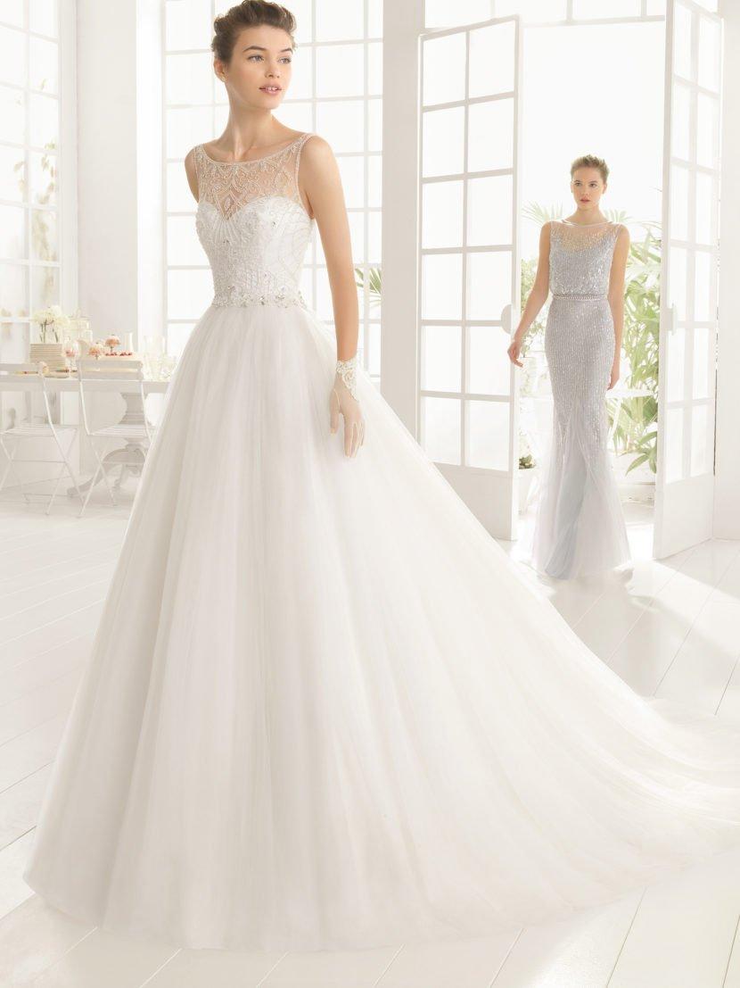 Свадебное платье, украшенное бисерной вышивкой.